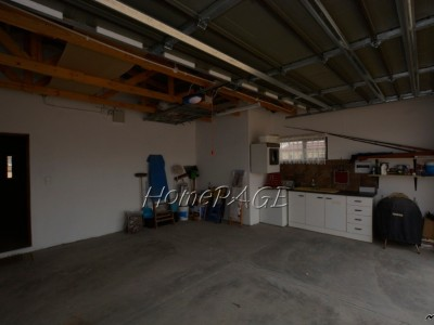 Residential-Ext-10,-Henties-Bay:--3-Bedr-Clinker-Home-with-Flat-for-Sale