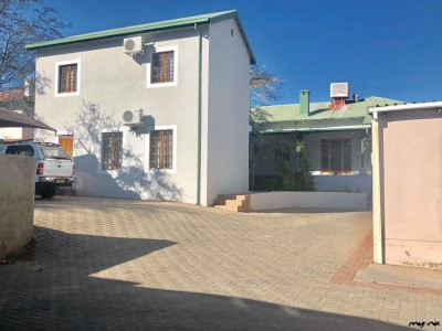 Commercial-Offices-in-Mozart-Street-For-Sale