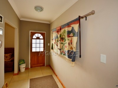 Residential-Ext-19,-Swakopmund:--3-Bedr-Home-with-1-Bedr-Flat-for-Sale