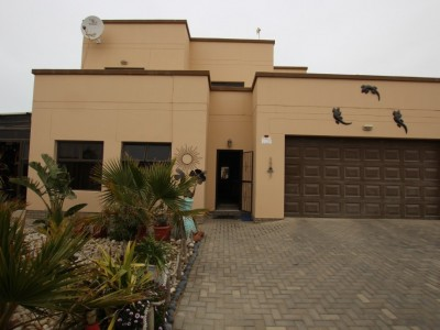 Residential-LOTS-TO-OFFER!-WELL-MAINTAINED-&-SPACIOUS-LIVING-HOUSE-FOR-SALE-IN-SWAKOPMUND,-NAMIBIA!