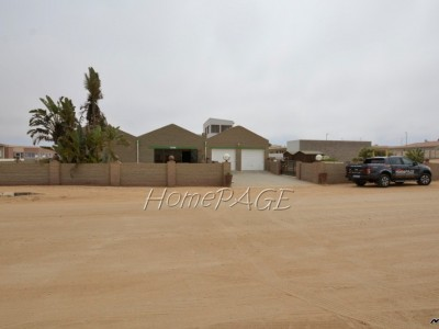 Residential-Ext-10,-Henties-Bay:--A-BARGAIN-HOME-IS-FOR-SALE