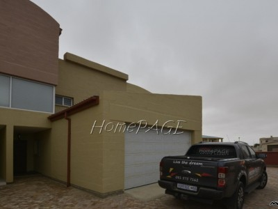 Residential-Ext-4,-South-Dune,-Henties-Bay:--3-Bedr-Unit-is-for-sale-in-Sandy-Shores