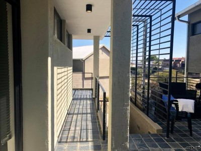 Residential-Trendy-Townhouse-in-Auasblick-to-Let-