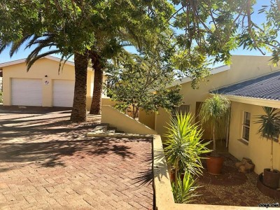 Residential-4-Bedroom-House-in-Olympia-for-Sale