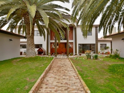 Residential-Kramersdorf,-Swakopmund:-Home-with-PERMANENT-DUNE-VIEWS-is-for-Sale
