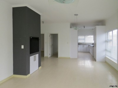 Residential-Modern-Townhouse-for-Sale!