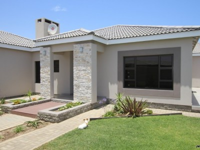 Residential-TOUCH-OF-CLASS!--MODERN,-ELEGANT,-LIGHT-&-BRIGHT-FAMILY-PROPERTY-HOUSE-FOR-SALE-IN-SWAKOPMUND,-NAMIBIA!