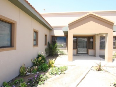 Residential-WARM,-COMFORT-&-STYLE-AWAITS-YOU-WITH-OPEN-ARMS!--PROPERTY-HOUSE-FOR-SALE-IN-SWAKOPMUND,-NAMIBIA!