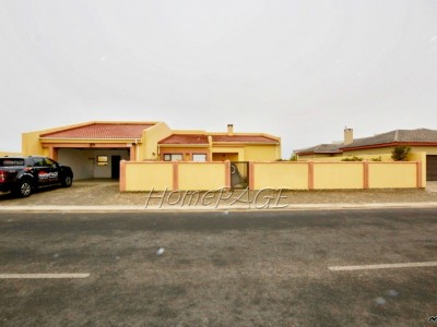 Residential-Ext-9,-Swakopmund:-Neat,-Spacious-home-is-for-sale