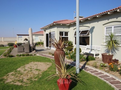 Residential-FOR-THE-RETIRED!--UPMARKET-HOUSE-FOR-SALE-IN-SWAKOPMUND!