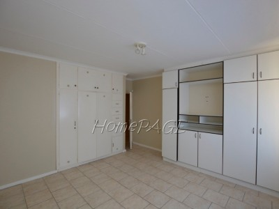 Residential-Hermes,-Walvis-Bay,-Spacious-3-bedr-home-with-1-bedr-flat-is-for-sale