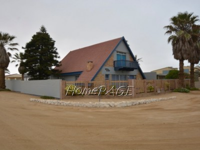 Residential-Norht-Dune,-Henties-Bay:--Versatile-PERFECT-RETIREMENT-HOME-is-for-Sale