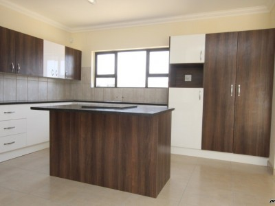 Residential-LIVE-IN-THIS-UPMARKET-DESIGNED-PROPERTY-HOUSE-FOR-SALE-IN-SWAKOPMUND,-NAMIBIA!--