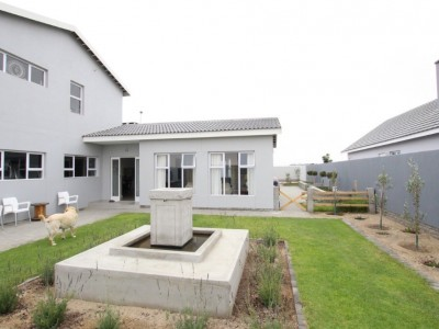 Residential-ARCHITECTURALLY-DESIGNED!--MODERN-&-ELEGANT-HOUSE-FOR-SALE-IN-SWAKOPMUND,-NAMIBIA!