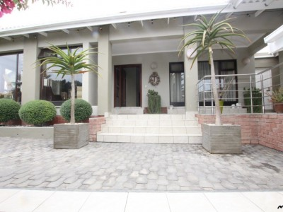 Residential-ONE-OF-A-KIND,-MODERN-STYLE-PROPERTY-HOUSE-FOR-SALE-IN-SWAKOPMUND,-NAMIBIA!