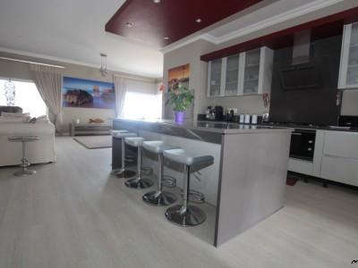 Residential-MODERN-ARCHITECTURAL-DESIGN!--UPMARKET-PENTHOUSE-FOR-SALE,-WITH-A-STUNNING-VIEW-IN-SWAKOPMUND,-NAMIBIA!