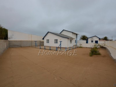 Residential-North-Dune,-Henties-Bay:--Fixer-Upper-with-Distant-Sea-Views-is-for-Sale