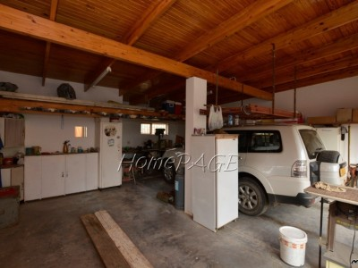 Residential-Ext-4-(South-Dune),-Henties-Bay:--Home-with-2-flats-is-for-sale