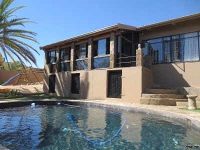 Residential-Immaculate-family-home-in-Eros-for-sale