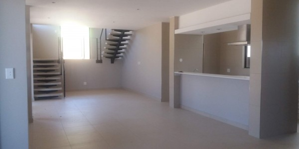 RENTAL AVAILABLE FROM 01/10/2021  - VERY NEAT AND SPACIOUS ….